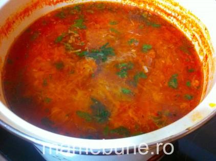 supa de varza cu bulion