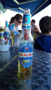 Vista de la cerveza Kalik.