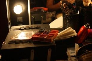 Detalle del área de maquillaje.