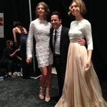 Tras dar las gracias a su público, Luis Antonio fue recibido por las modelos.