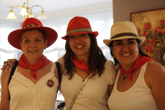 Con las chicas, listas para degustar una sabrosa comida en Casa Manolo.