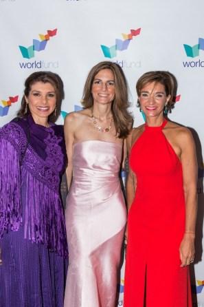 Patricia Janiot, de CNN en español; Angélica Ocampo, directora ejecutiva de Worldfund y Ana Maria Diniz, distinguida de la noche.