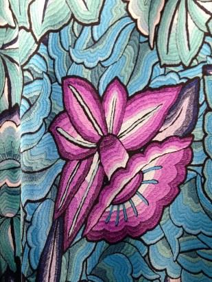 Los estampados inspirados en los bellos bordados mexicanos son sin duda de mis favoritos.