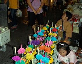 Zwischenstopp Bangkok Lichterfest Loi Kratong