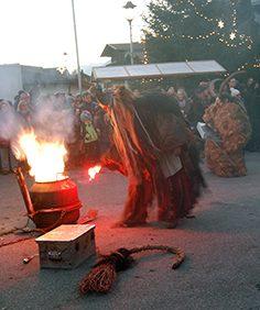 Perchtenlauf: Von Samhain bis Wintersonnenwende