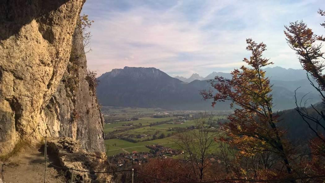 Wanderung zum Grafenloch: Achtung Trittsicherheit erforderlich!