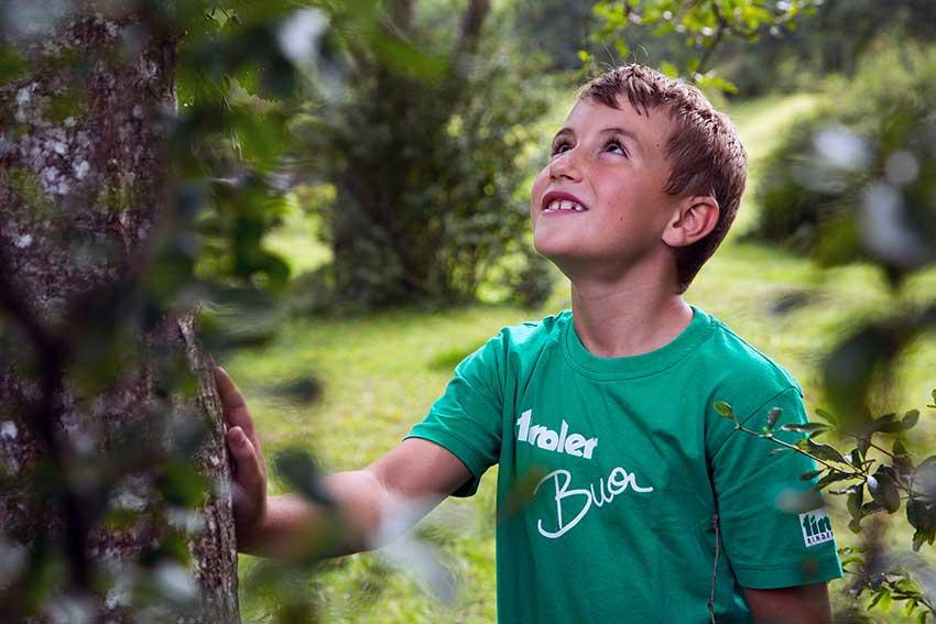 Outdoor Bewegungsspiele: Manni Pranger & TIROLI zeigen wie es geht
