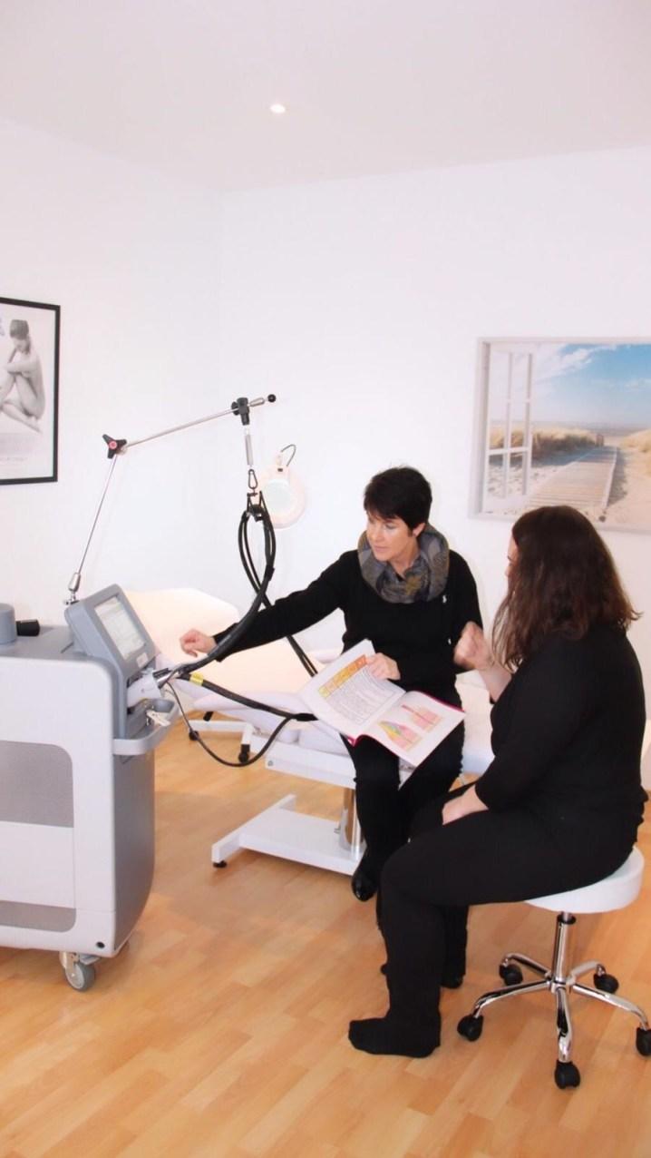 Interview mit Claudia Hatzl von Laser Ästhetik am Tegernsee über dauerhafte Haarentfernung - Sprechstunde
