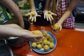Rezept Karottenknödel selbermachen – Kochen mit Kindern