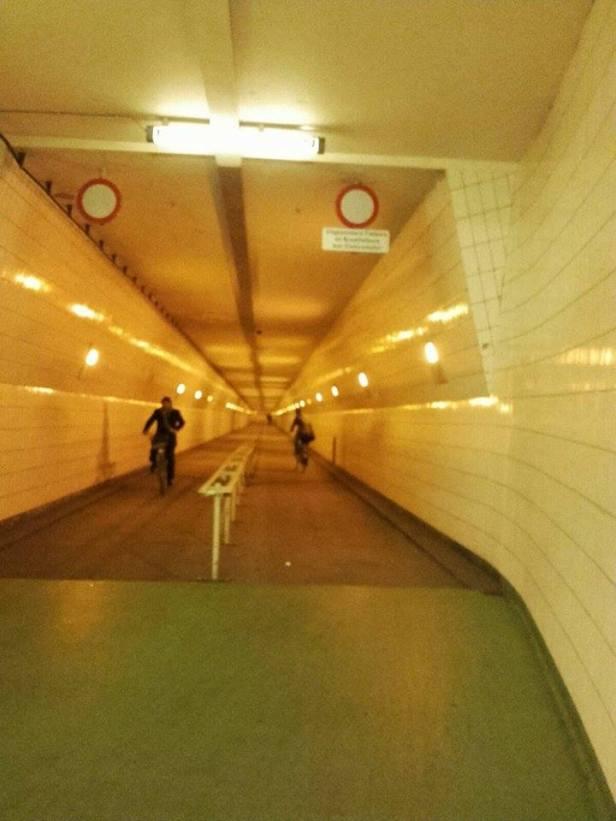 fietstunnel-rotterdam