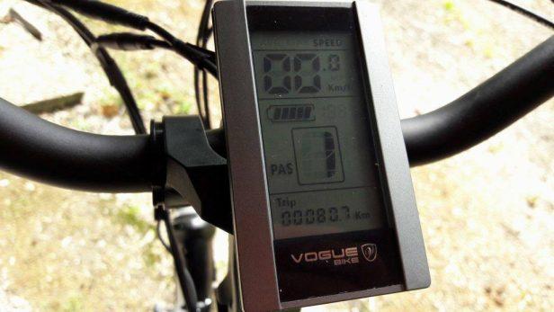 Op de display van mijn e-bike is duidelijk te zien wat de stand van mijn accu is