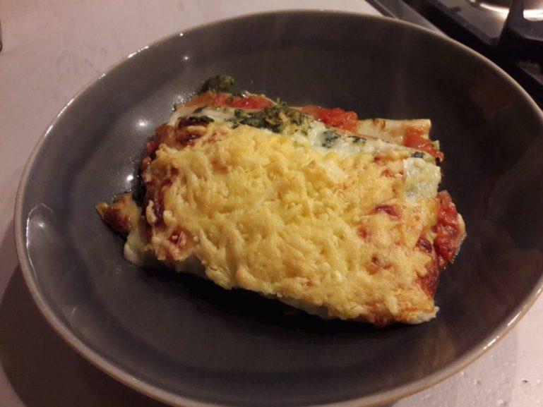 HelloFresh bord vegetarische lasagne