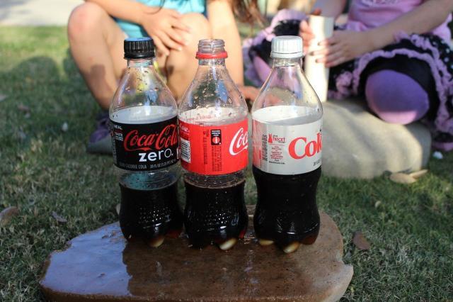 left-liquid-coke-mentos-experiment