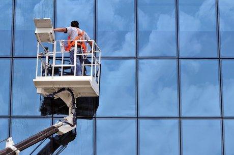 شركة تنظيف واجهات حجر وزجاج بالرياض
