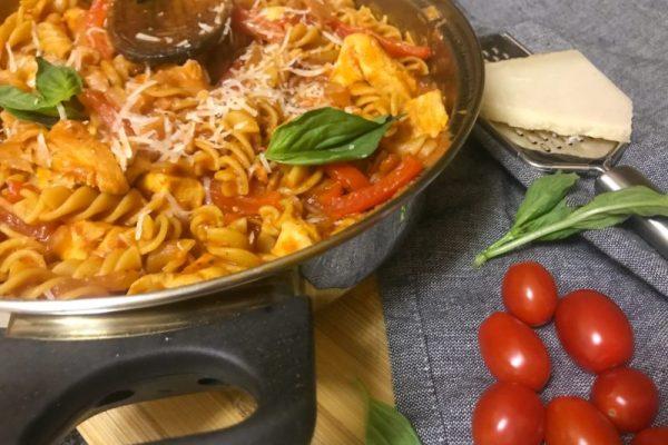 Red Pepper & Chicken Pasta MammachefJozi