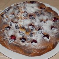 Ciasto owsiane z jeżynami