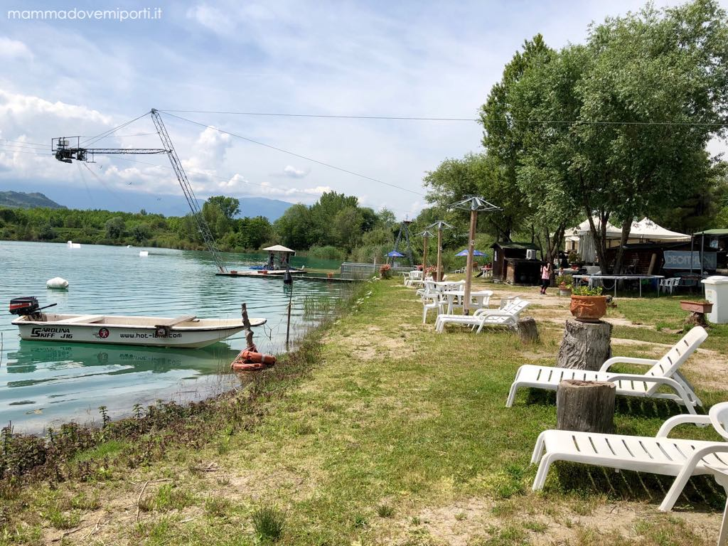 Vista Lago Hot Lake Cable Park a Manoppello di Pescara
