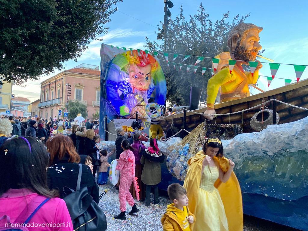 Carnevale Giuliese carro Gente di Mare