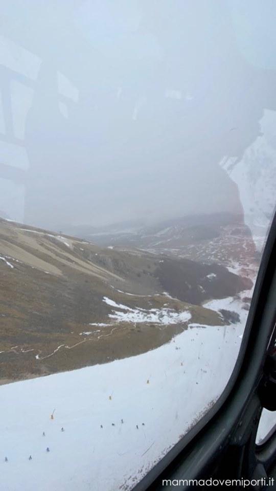 eliciaspolata a roccaraso panorama dall'elicottero in volo