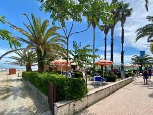 Mare in Abruzzo con bambini: Tortoreto gli stabilimenti sul lungomare