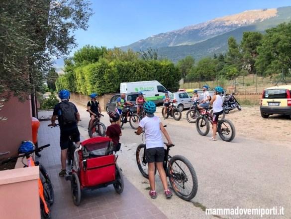Preparativi per l'escursione in e-bike con Il Bosso