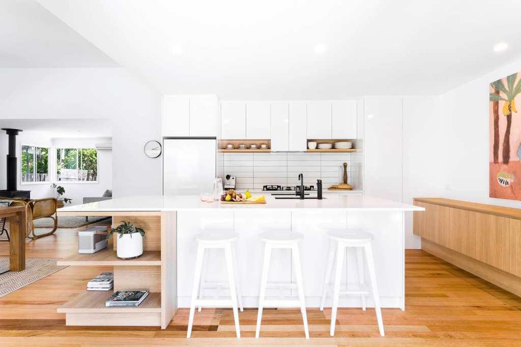Airbnb Hosts