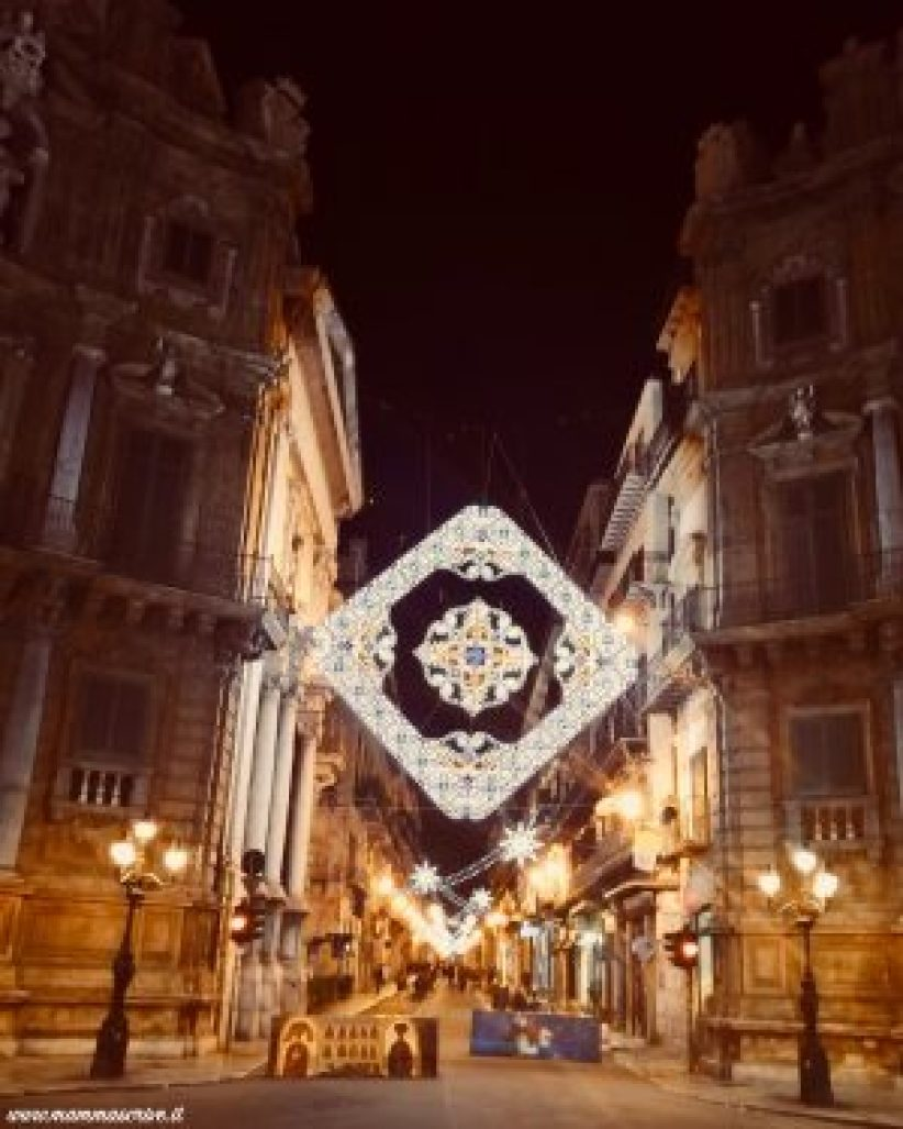 Luminarie via Maqueda