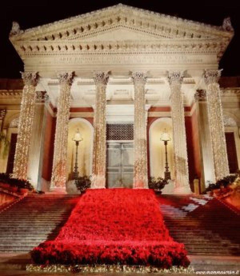Teatro Massimo decorato