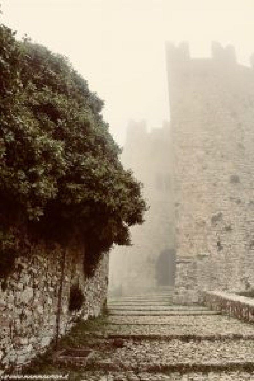 Scalinata Castello di Venere