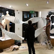 Installation of the Karen Millen Xmas Window Display ©Mamou-Mani
