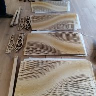 Modules to assemble Wooden Waves