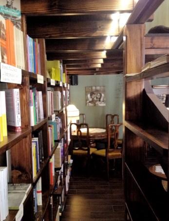 kawiarnia kornel i przyjaciele atykwariat księgarnia20