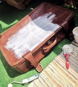 metamorfoza starej walizki pierwszy etap