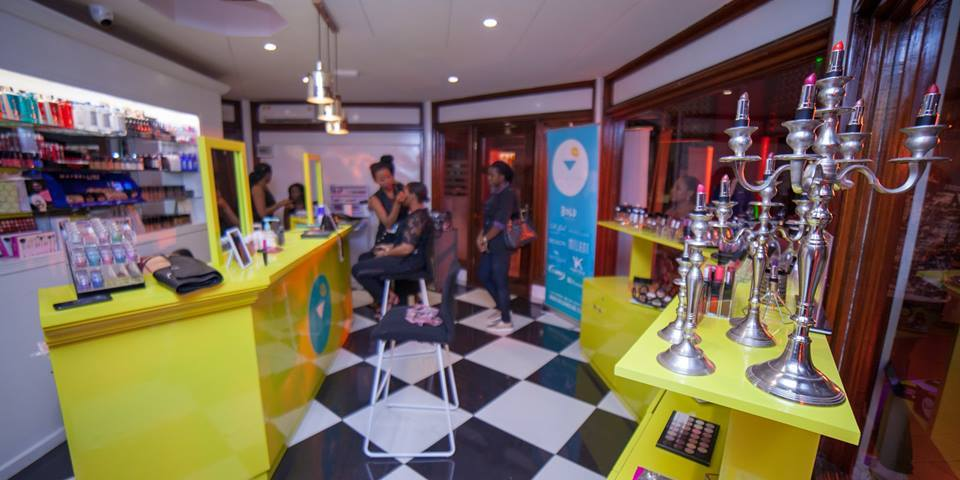 Le Beauty Bar de Bold Make Up s'installe à Yaoundé