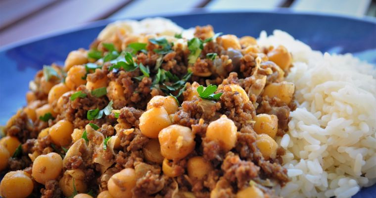 Minced lamb with chickpeas