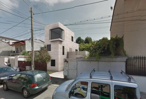 r1 _ casa Banat