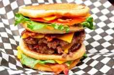 201451-burger-toronto