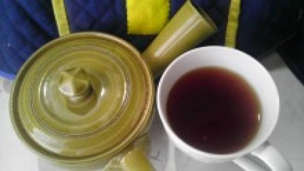 川戸紅茶20130909パール紅茶(赤)2012-茶液3分後