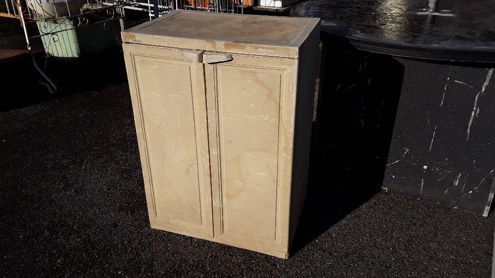 armoire keter 2 portes d exterieur