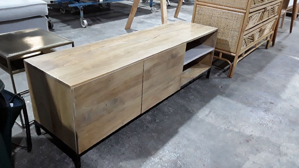 meuble tv industriel 2 portes manguier