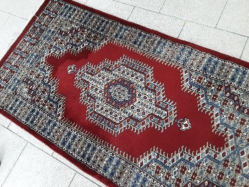 couloir persan laine et soie rouge