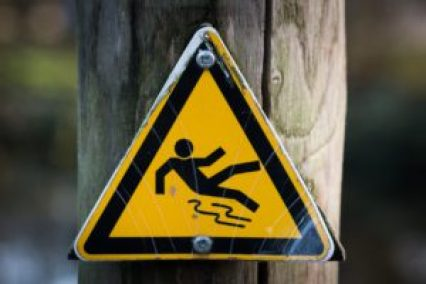 xsign-slippery-wet-caution-300x200.jpg.pagespeed.ic.WSpq6d0gUk
