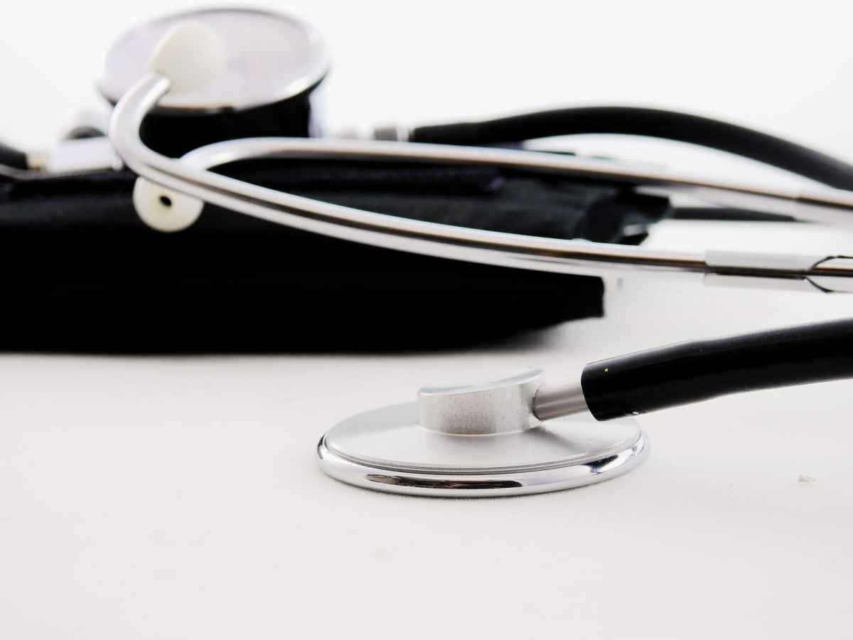 """La """"toxicité"""" au travail est-elle une pollution sociale ? Eléments de questionnement pour les établissements de santé, par Stéphanie CARPENTIER"""