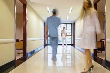 Peut-on ré-enraciner le management à l'hôpital ? Frédéric SPINHIRNY (Partie 2/2)