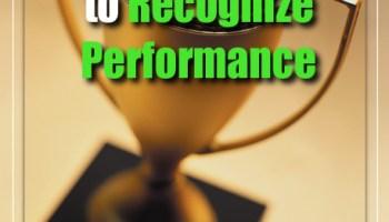 cara manajera terbaik memberikan reward  penghargaan