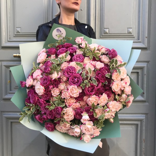 This huge bouquet will impress with the matching pink and lilac spray Roses. The best choice for romantics!