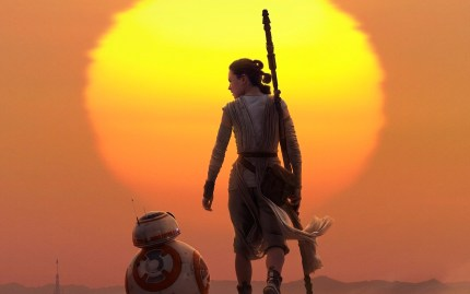 rey__bb_8_star_wars_the_force_awakens-wide