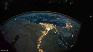 صورة فضائية ليلية لمصر تظهر توزيع السكان فيها