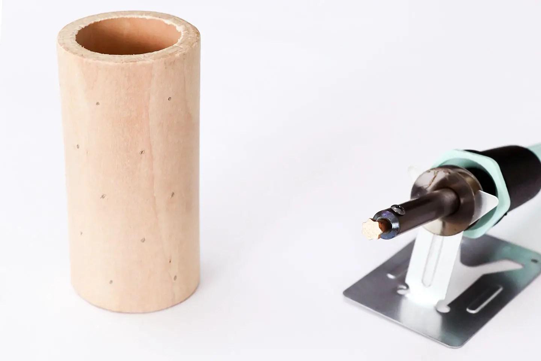 DIY déco et pyrogravure : pots à crayons customisés
