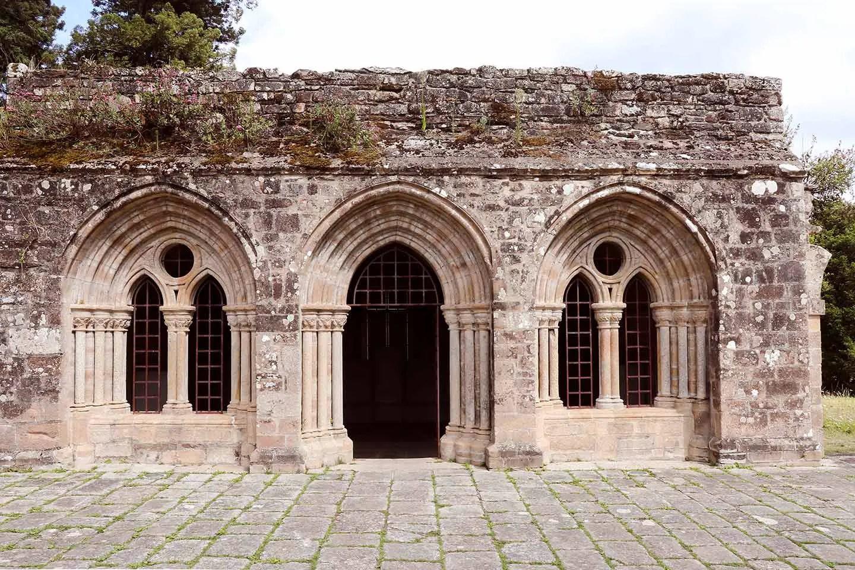 Abbaye Saint-Maurice de Carnoët